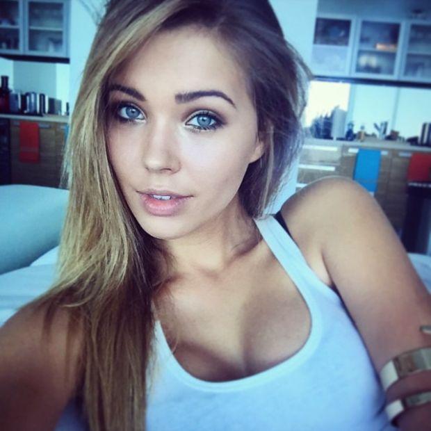 Hot nude russian teen blowjob
