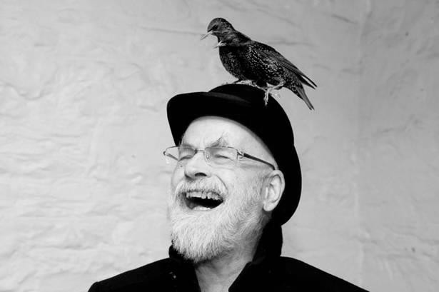 GNU Terry Pratchett></img></div>