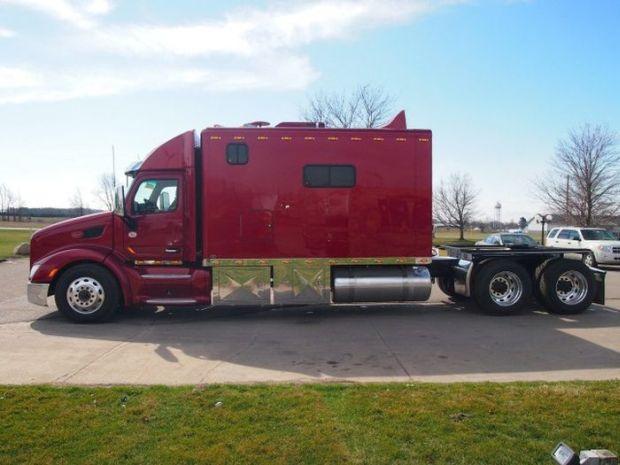 Mój TIR moim domem - właściciele takich amerykańskich ciężarówek nie mają  się czego wstydzić - Joe Monster