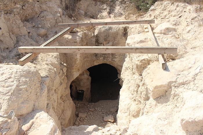 Antyczne podziemne miasto Beit Guvrin Maresha na Joe Monster