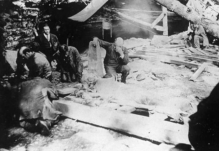 Floyd Collins - eksplorator jaskiń, który zignął pod ziemią i jego okrutna śmierć na Joe Monster