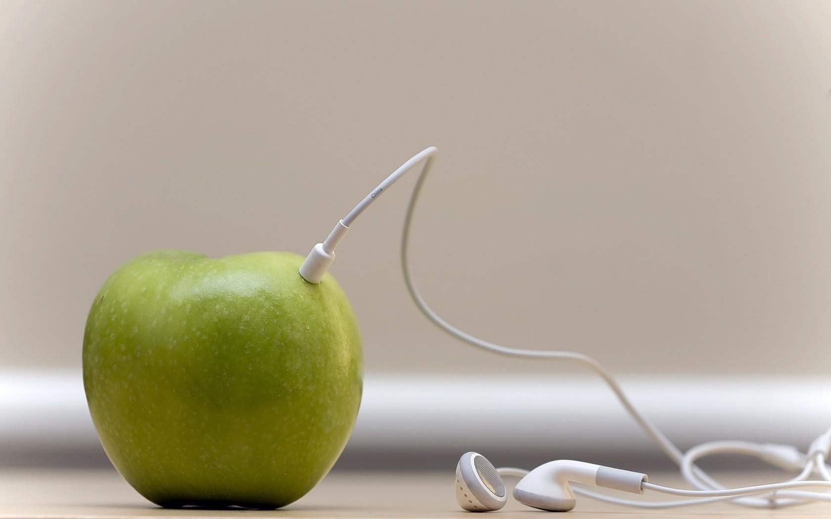 Kolejne kompromitacje, o których Apple wolałoby zapomnieć