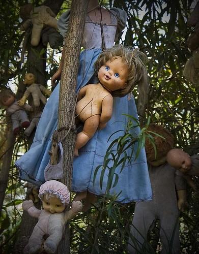 island of the dolls 5