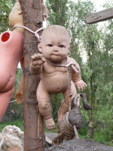 island of the dolls 7