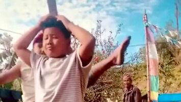 Kiedy wujek na grillu mówi, że zna karate