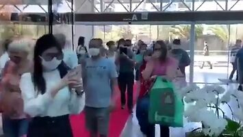 Brazylia ponownie otwiera centra handlowe