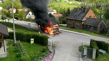 Płonąca ciężarówka i brawurowa akcja OSP w Jasienicy