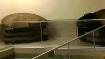 Wejście smoka na basenie