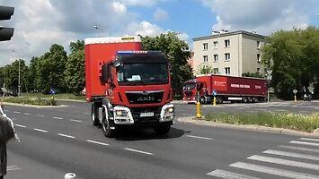 Przejazd ogromnego konwoju z pomocą humanitarną dla Białorusi