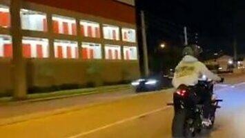 Zdrapka dwójki motocyklistów