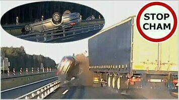 Dachowanie po staranowaniu przez ciężarówkę - wypadek na budowanej A1