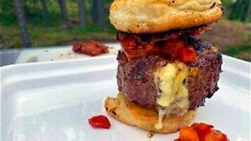 Food Emperor powrócił! Zobaczcie burgera, który was zabije
