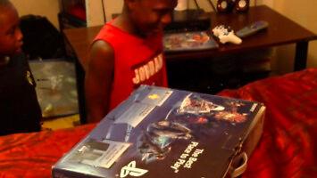 Lemarcus myślał, że dostał PS4