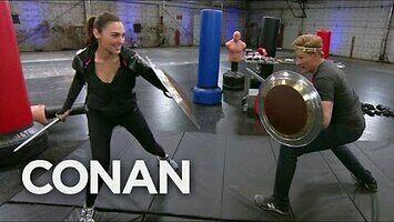 Conan ćwiczy z Gal Gadot
