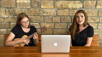 """Gdyby """"Mama ostrzegała"""" było balladą z ukulele"""
