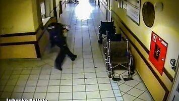 Policjant dosłownie biegł po życie, ratując niemowlę