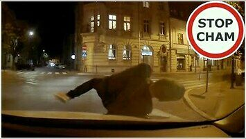 Próba wymuszenia odszkodowania przez pieszego w Krakowie