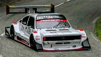 Monstrualny Opel Kadett