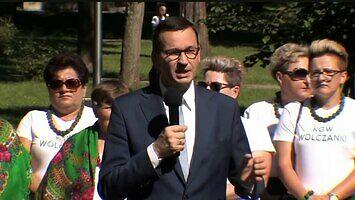 Morawiecki mówi o sytuacji w Polsce (Coffin dance meme)