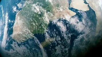 Niewysłuchany apel Carla Sagana: Błękitna kropka (napisy PL)