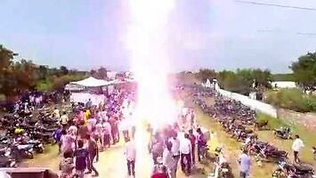 Hinduski festiwal mocy 132 kV