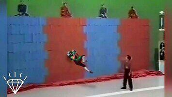 Wall Of Boxes - szalony japoński teleturniej