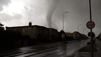 Przez czeskie miasto przeszło tornado