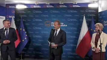 Donald Tusk i kolejny dziennikarz TVP