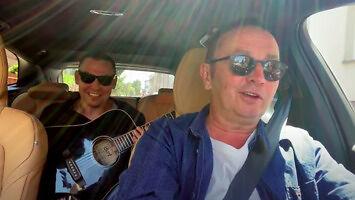 Co może wyjść z samochodu gdzie siedzi dwóch facetów podobnych do Maleńczuka?