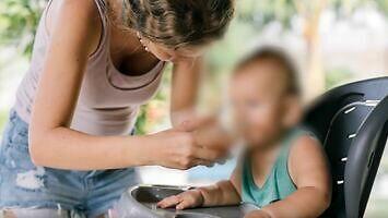 Co się dzieje ze zdjęciem dziecka w sieci? Sharenting