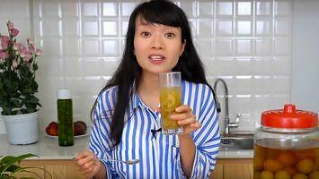 Emce zdradza przepis na idealny napój na upały