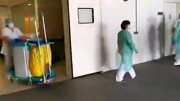 Sprzątaczki w szpitalu również zasługują na brawa