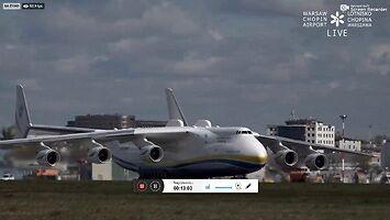 Lądowanie AN-225 Mrija na lotnisku w Warszawie
