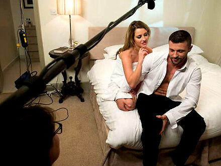 Krecenie_scen_seksu_to_prawdziwe_wyzwanie_oto_jakie_triki_wykorzystuje_sie_na_planie_hollywoodzkich_filmow