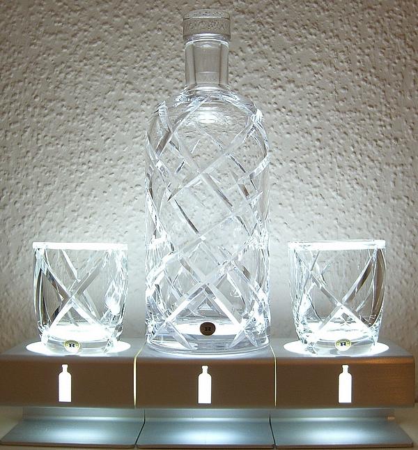 95ccd720539109 Szwedzki producent puścił ostatnio oko w kierunku Polaków, dedykując im  wódkę w specjalnym opakowaniu. Ale nawet tej