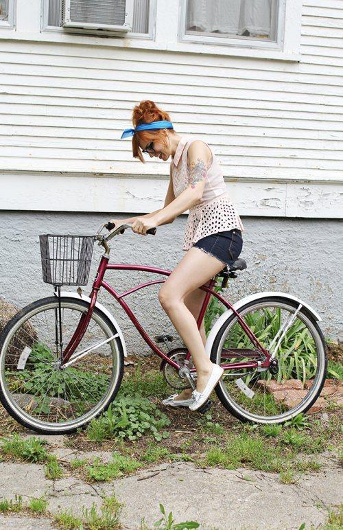 girls-on-bikes-29