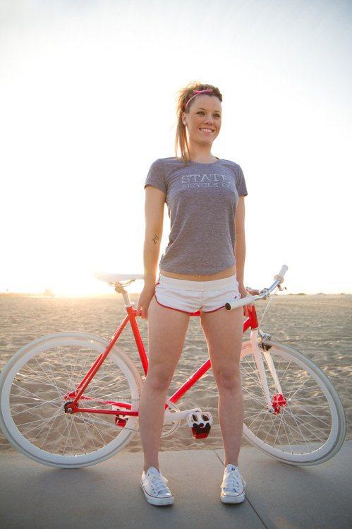 girls-on-bikes-13