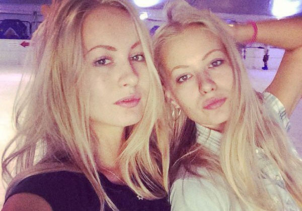 twins-are-twice-the-fun-22-photos-19