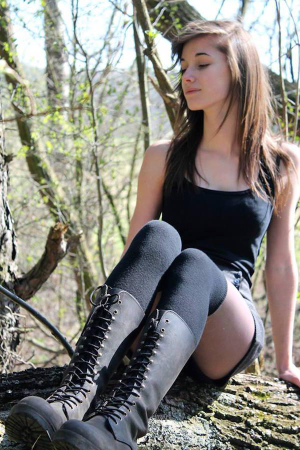 why-dont-we-call-these-thigh-sweaters-31-photos-6