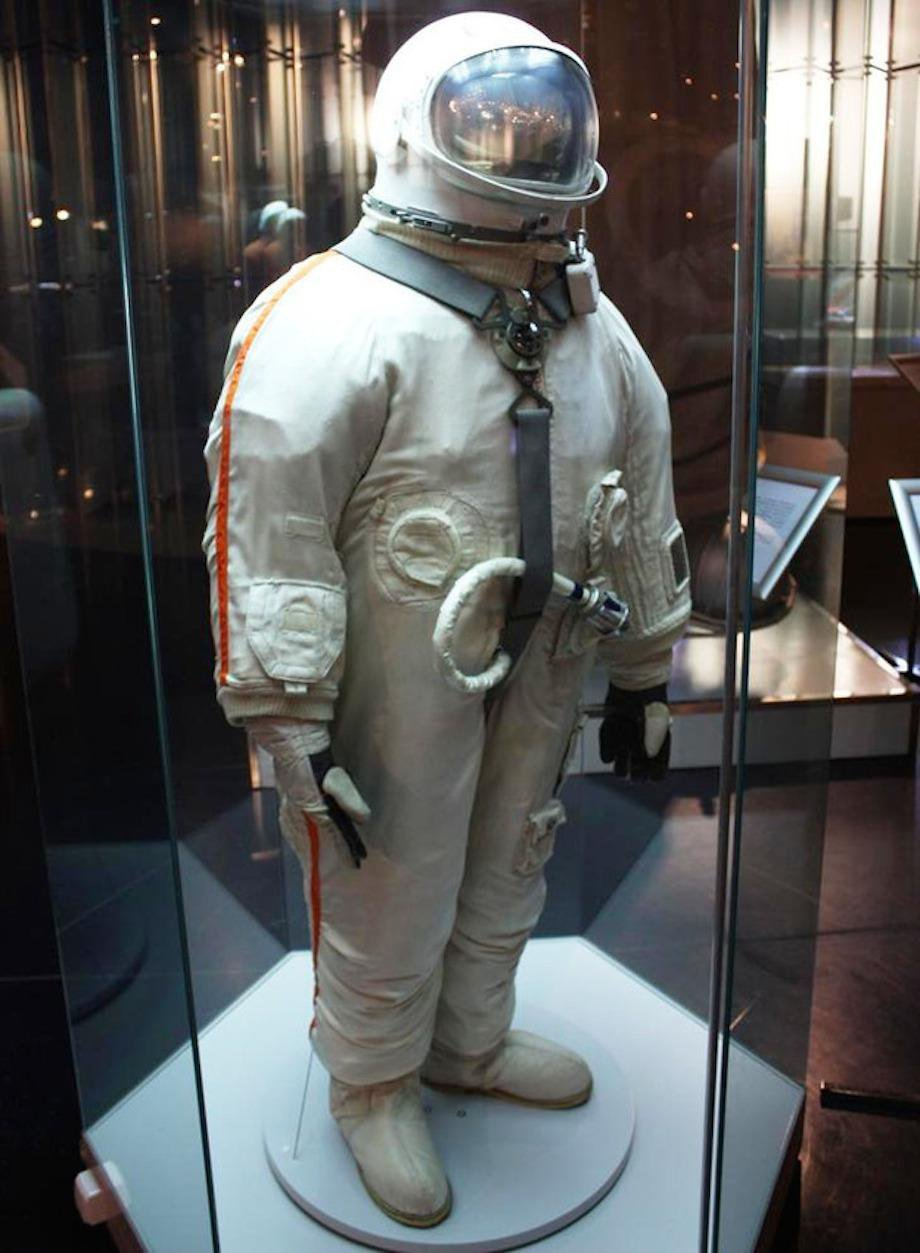 check-out-the-evolution-of-the-space-suit-41-hq-photos-11