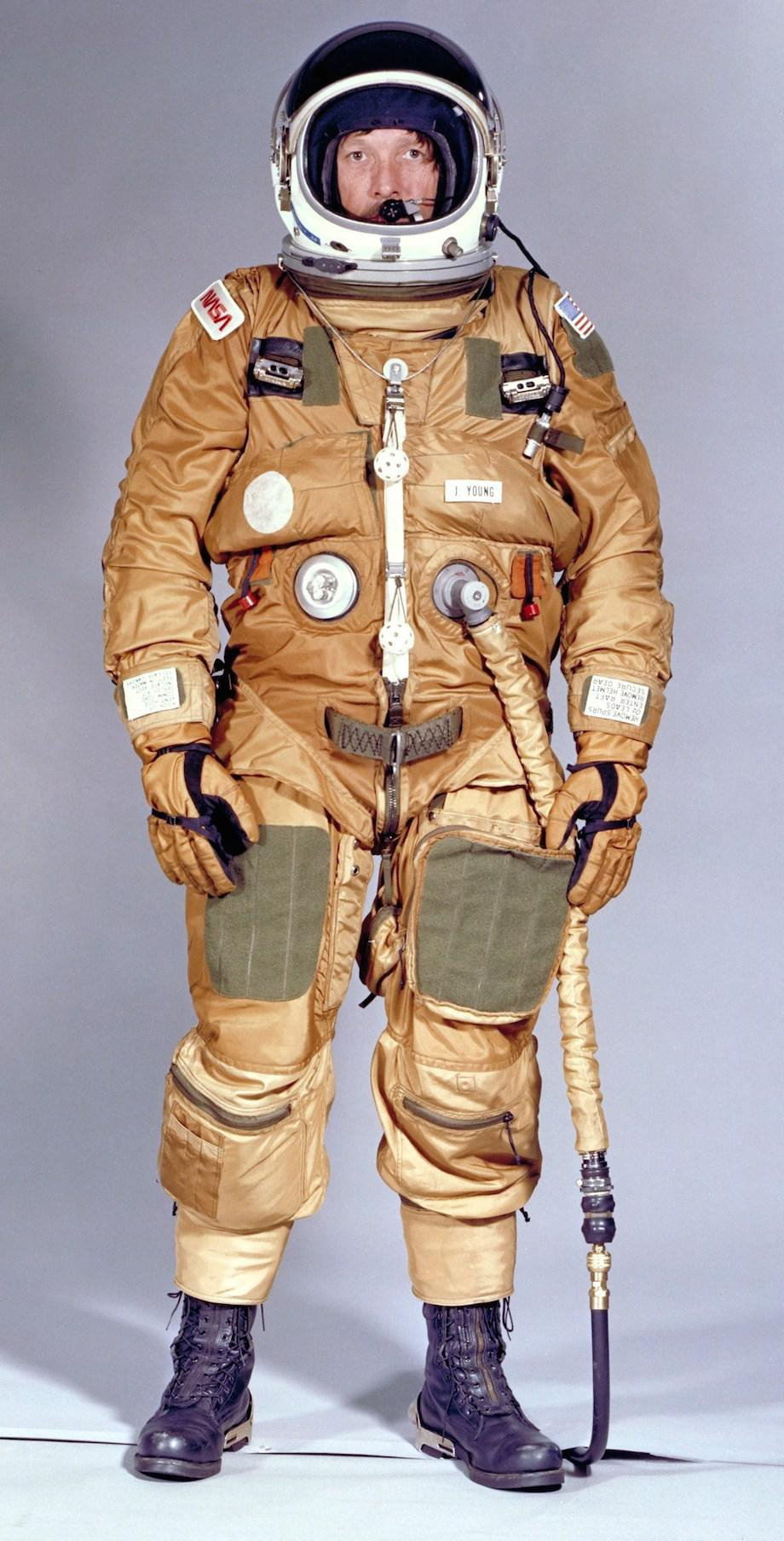 check-out-the-evolution-of-the-space-suit-41-hq-photos-21