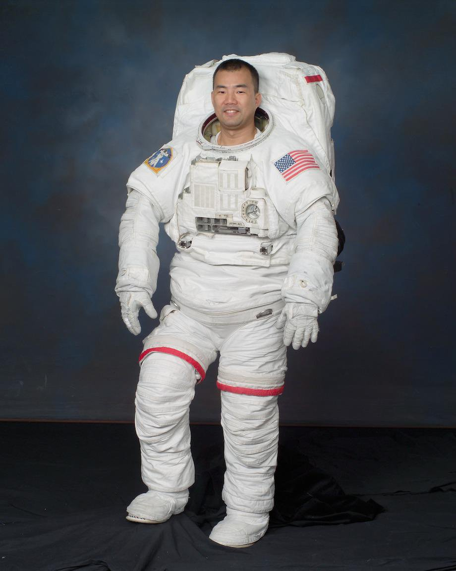 check-out-the-evolution-of-the-space-suit-41-hq-photos-24