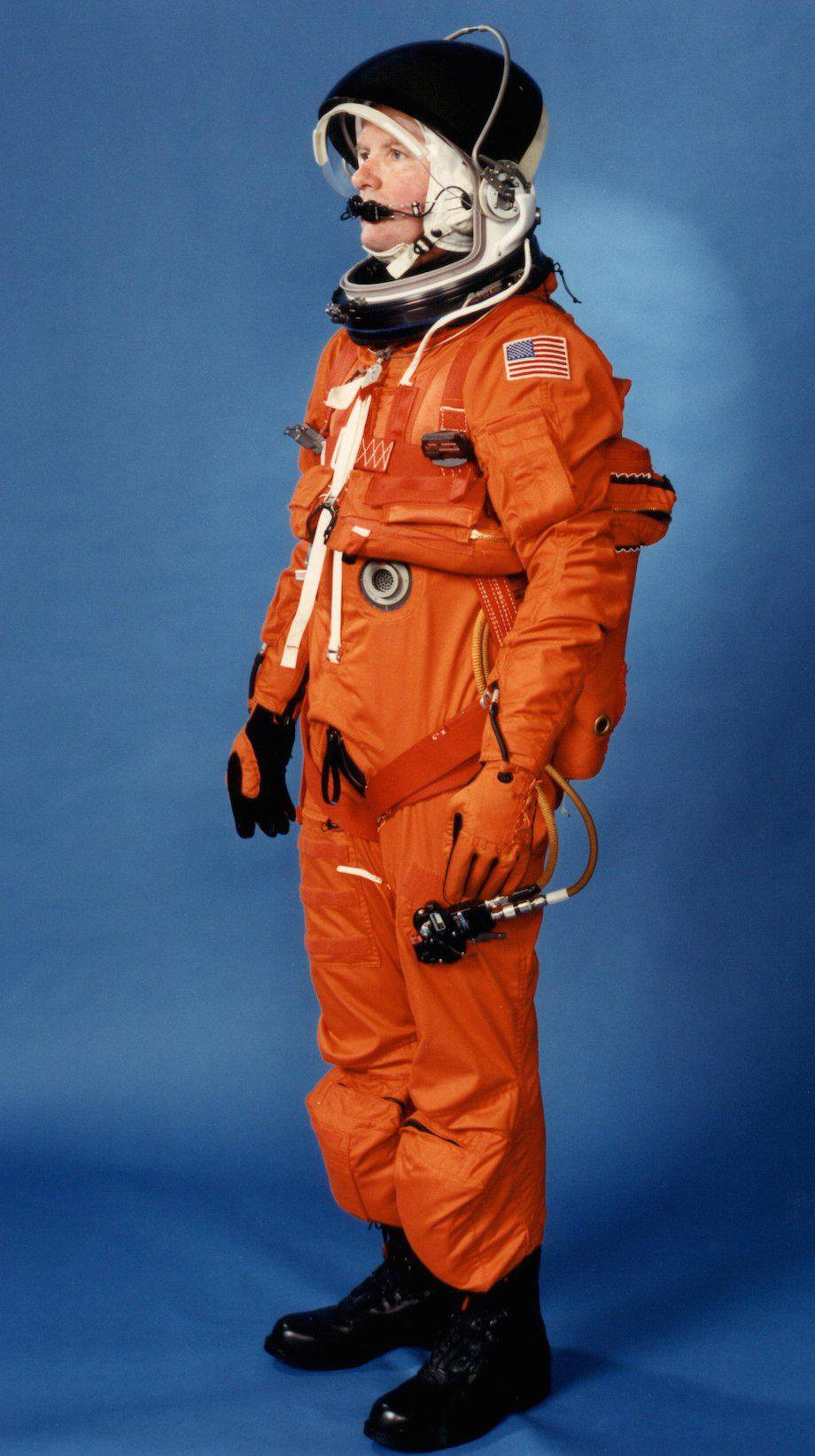 check-out-the-evolution-of-the-space-suit-41-hq-photos-22