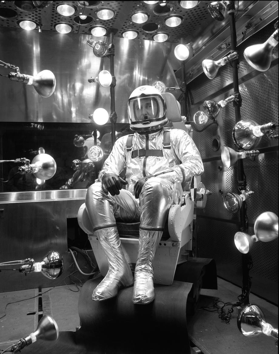 check-out-the-evolution-of-the-space-suit-41-hq-photos-2
