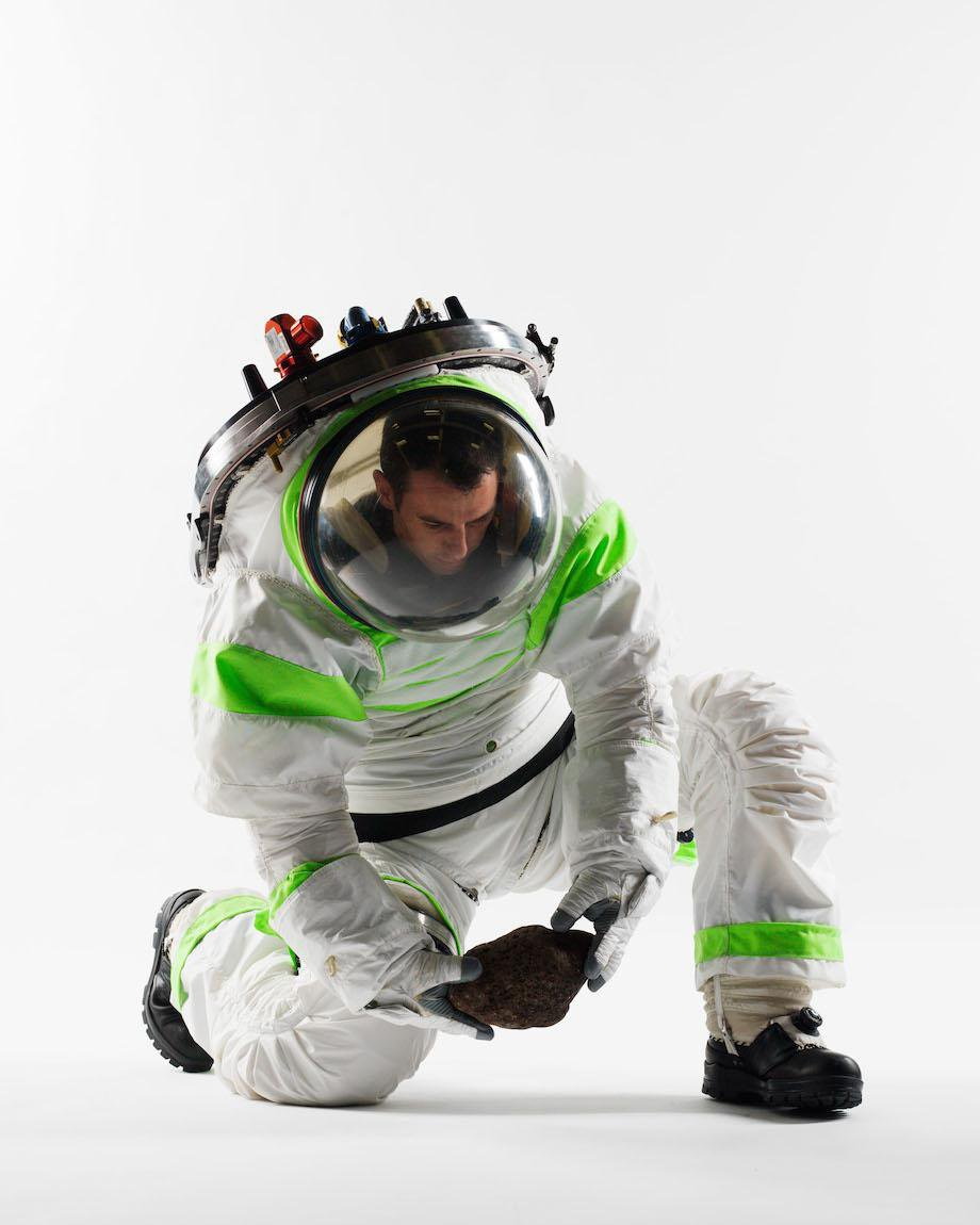 check-out-the-evolution-of-the-space-suit-41-hq-photos-30