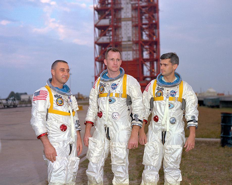 check-out-the-evolution-of-the-space-suit-41-hq-photos-16