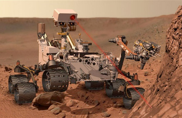 Curiosity rover flaunts its battle scar, wind sensor is bruised but not broken
