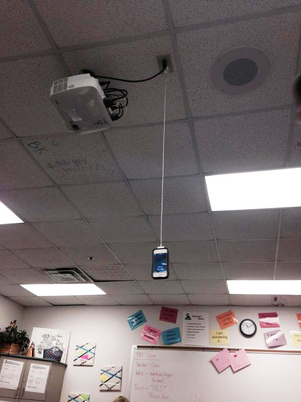 people-will-go-to-desperate-lengths-to-charge-their-phones-22-photos-21