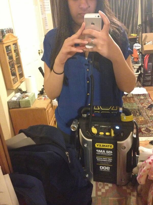 people-will-go-to-desperate-lengths-to-charge-their-phones-22-photos-17