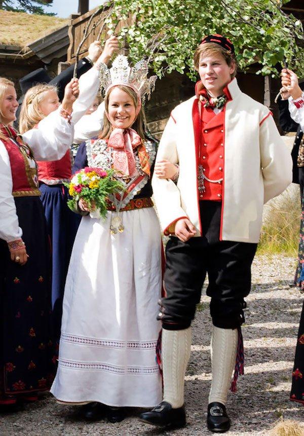 7e6d2836f72569 Jak wyglądają tradycyjne stroje ślubne w różnych częściach świata ...